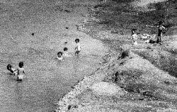 GRAMPER JERRY'S POBWON-NI PHOTOGRAPHS